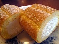 4P生クリーム仕立てのロールケーキ